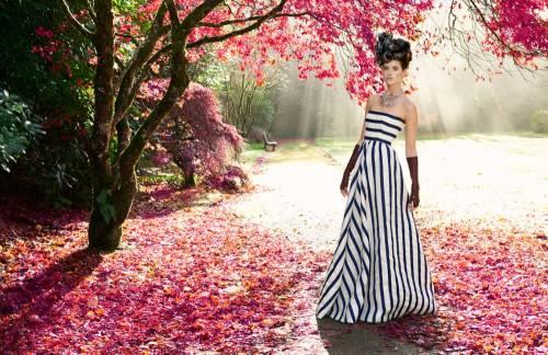 TCX-04-blue-and-white-stripe-oscar-de-la-renta-dress-pink-leaves-0313-mv