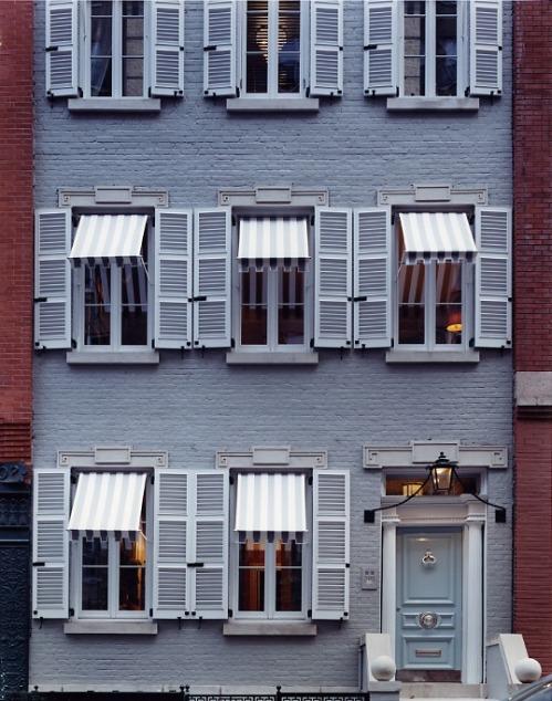 exterior stripes